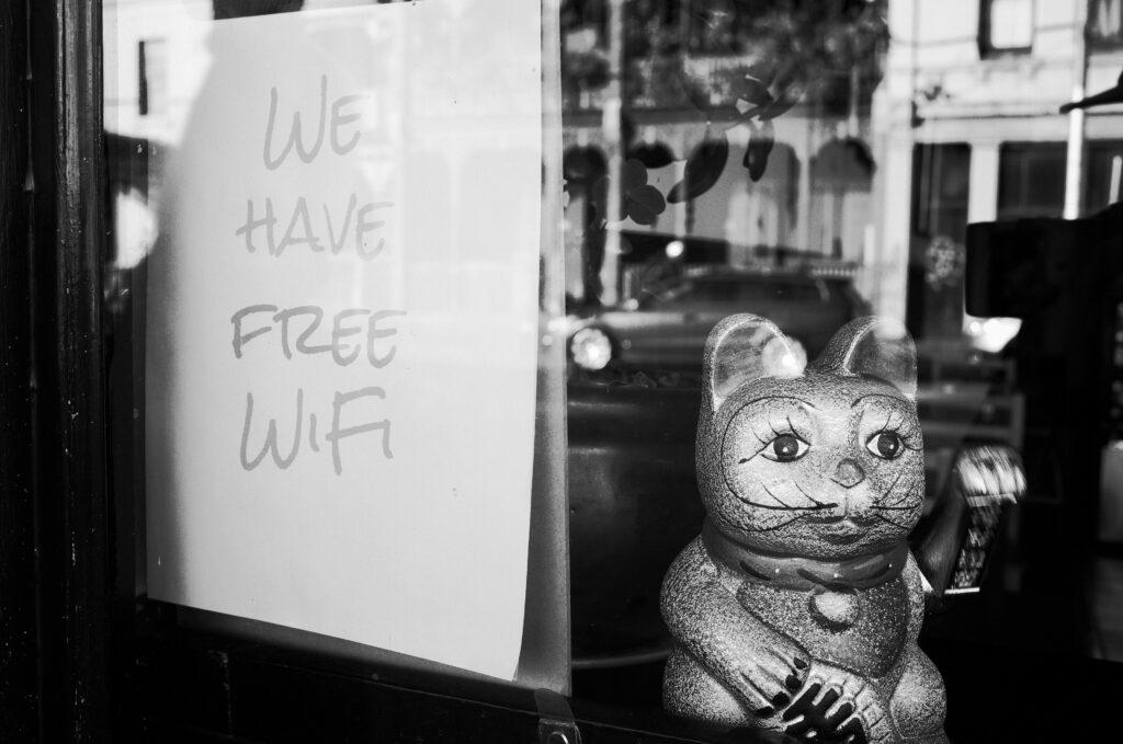 Maak gebruik van gratis wifi dealmobiel